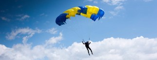 Стрибок з парашутом в м.Дніпро, 1000м