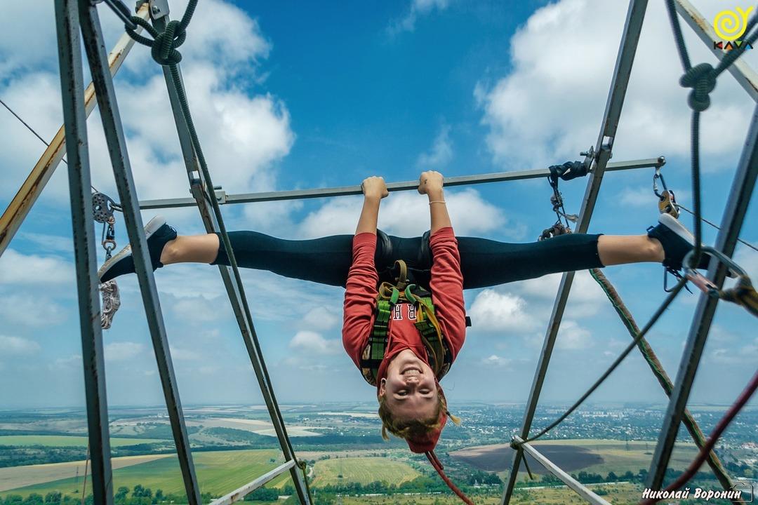 Прыжки с веревкой (ropejumping) -
